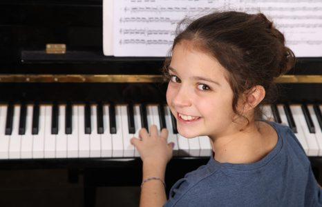 Klavierunterricht in Berlin - Amadeus MusikschuleKeyboard & Klavierunterricht in Berlin - Amadeus Musikschule